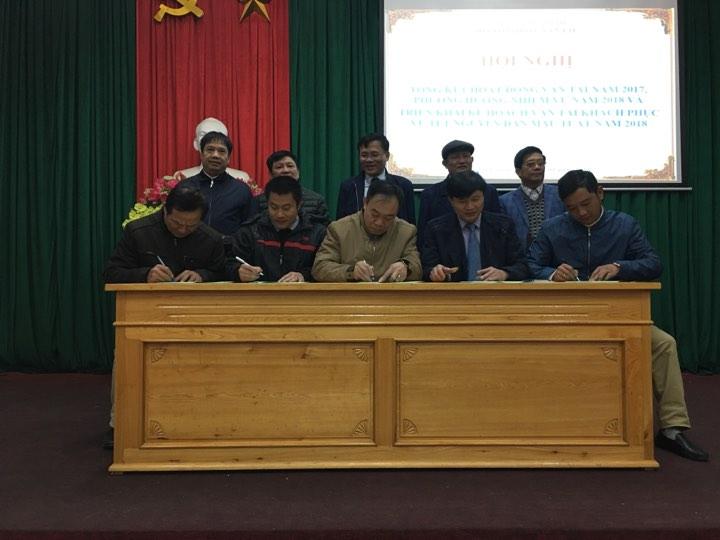 Sở Giao thông vận tải Hà Tĩnh vừa tổ chức cho doanh nghiệp ký cam kết trong việc bảo đảm trật tự ATGT