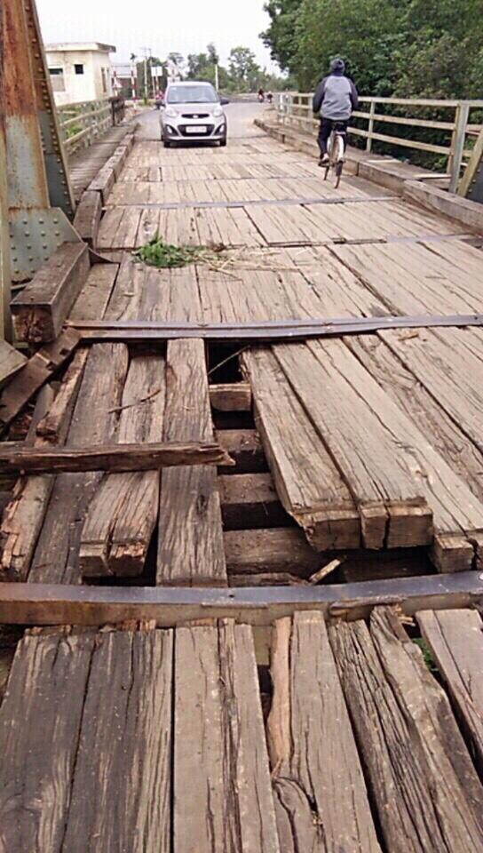 Cấm các phương tiện ô tô qua cầu Lộc Yên thuộc địa phận xã Lộc Yên, huyện Hương Khê