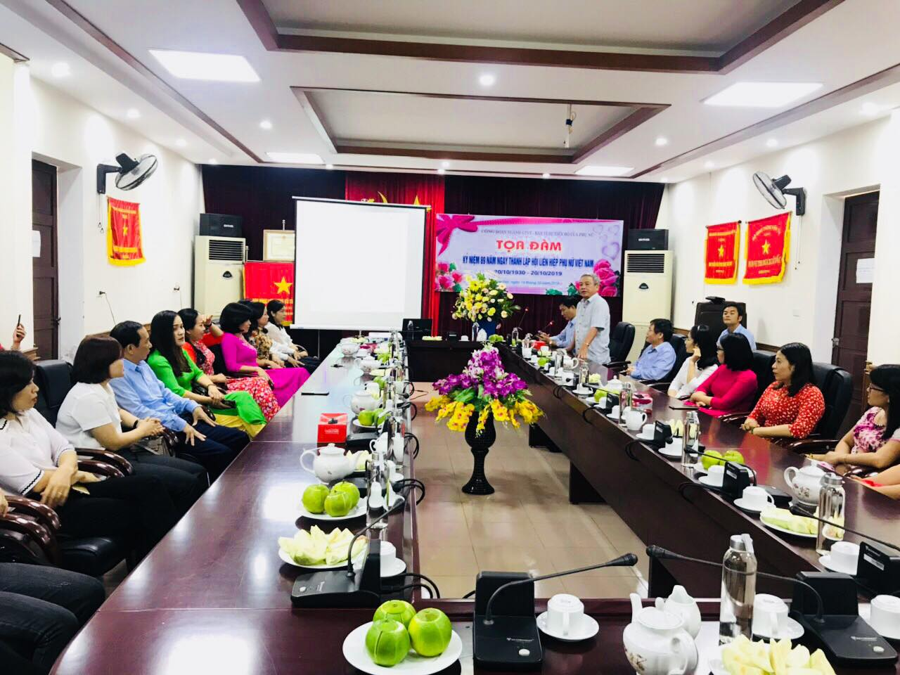 """Tọa đàm chuyên đề """"Phụ nữ tổ chức cuộc sống gia đình"""" nhân kỷ niệm 89 năm ngày thành lập Hội LHPN Việt Nam (20/10/1930-20/10/2019)"""